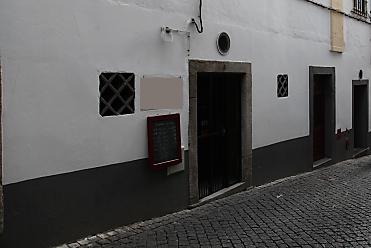 Medidas de autoproteção de restaurante em Évora