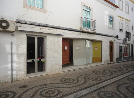 Medidas de autoproteção de estabelecimento comercial, em Vila Viçosa, Évora