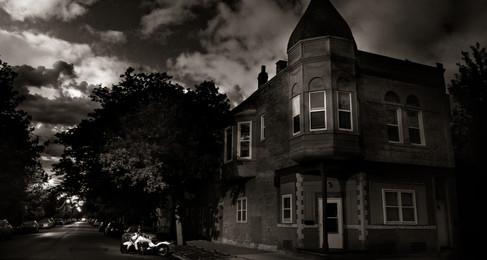 Rumah Berhantu Sebenar Saya