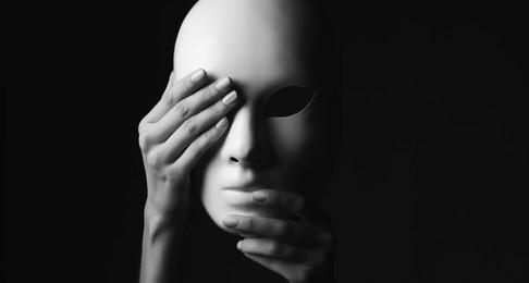 Drama: Memanggil pembohong