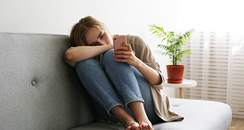 Adakah kemurungan dihubungkan dengan keterikatan entiti?