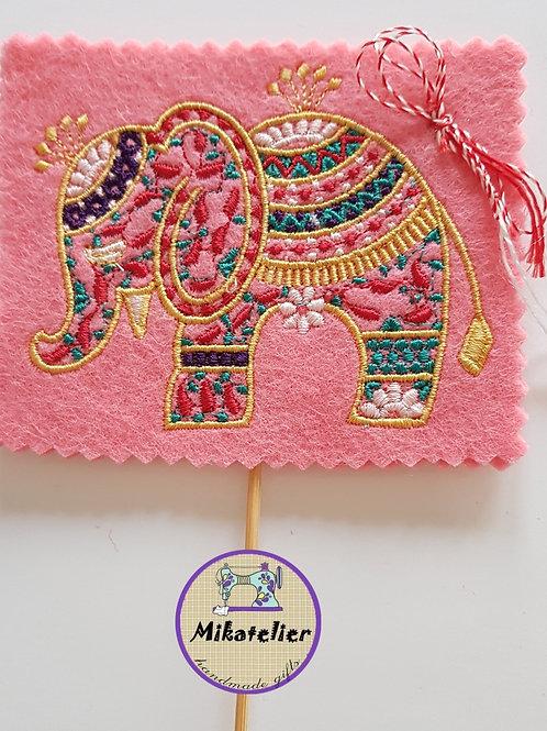 Martisor < Elefantul norocos >