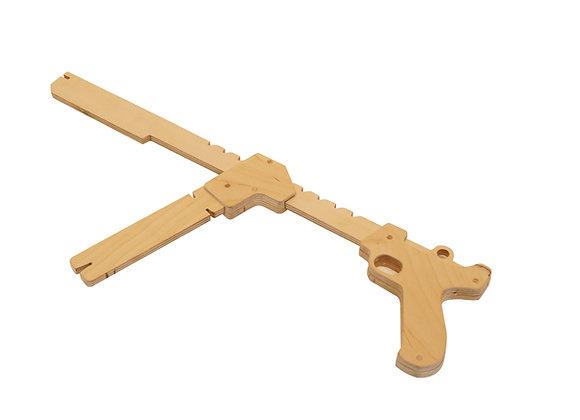 mitraillette élastique bois fabriquer motricite jouetbois manufactureenfamille madeinfrance