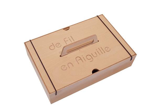 Boîte à couture boite outils boite trésors bois gravure fabriquer motricite manufactureenfamille madeinfrance