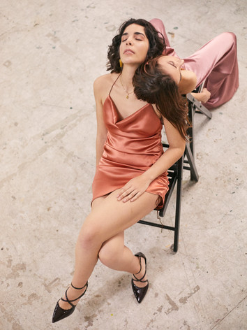 Aura Mulier silks