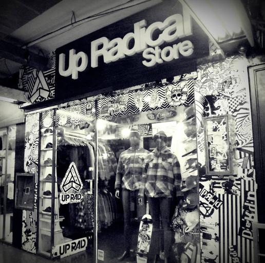Up Radical Store - Galeria Bond Street