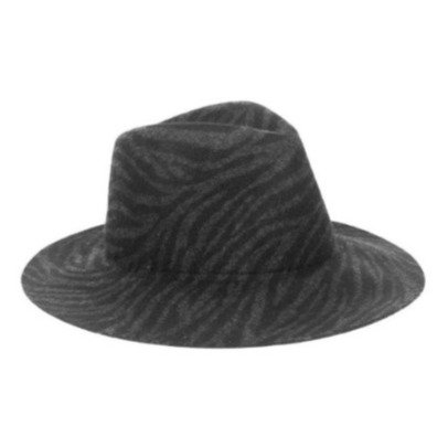 UNMADE ANELLA HAT