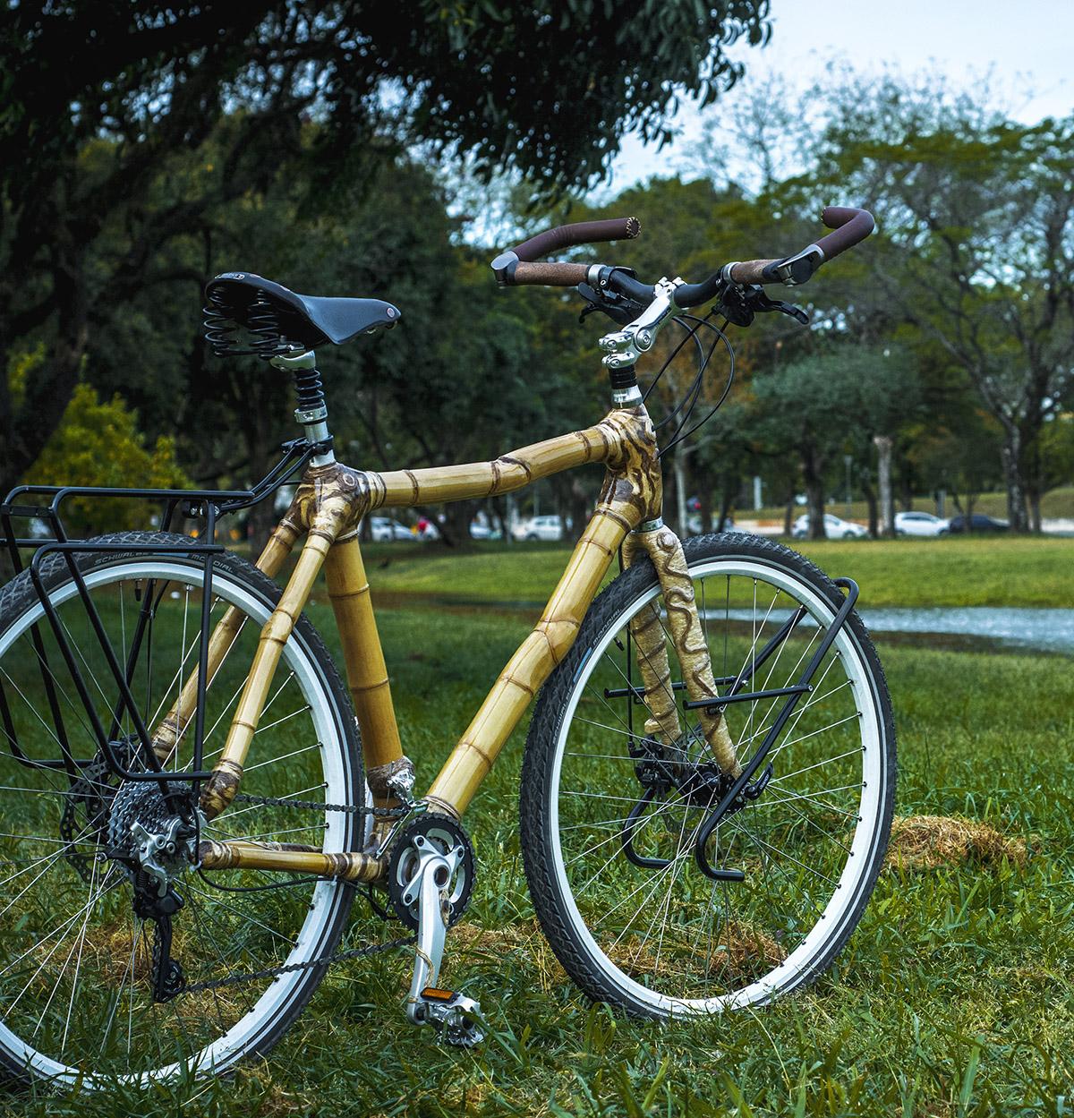 hand made bamboo bike by ArtBikeBamboo bicicleta de bambu personalizada
