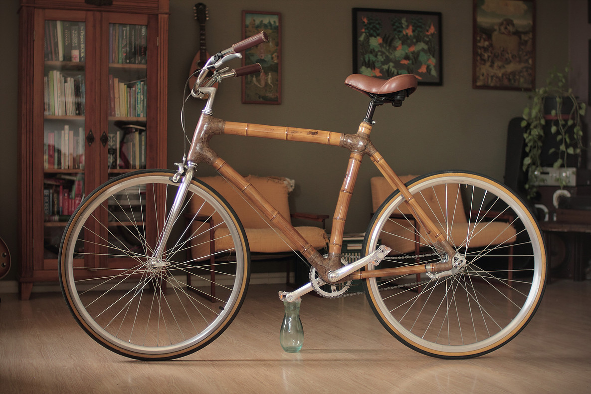 Urban bamboo bike, handcrafted by ArtBikeBamboo