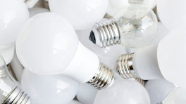 What's the difference between Halogen and LED light bulbs?