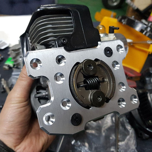 LOSI 5T ADJUSTABLE ENGINE MOUNT AND 54mm CLUTCH STOPPER!