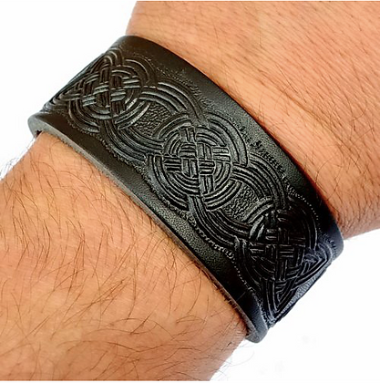 Leather Wristband - Celtic Knotwork Design
