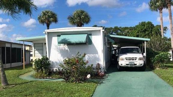 2 BED | 1.5 BATH | 201 SE Easy St, Stuart, FL 34994
