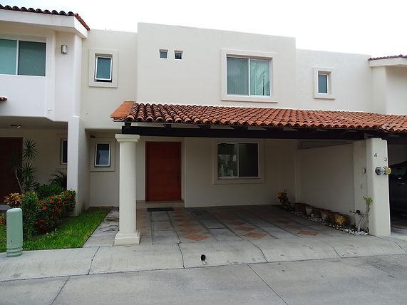 Casa VENTA Manzanillo - Arekas.JPG