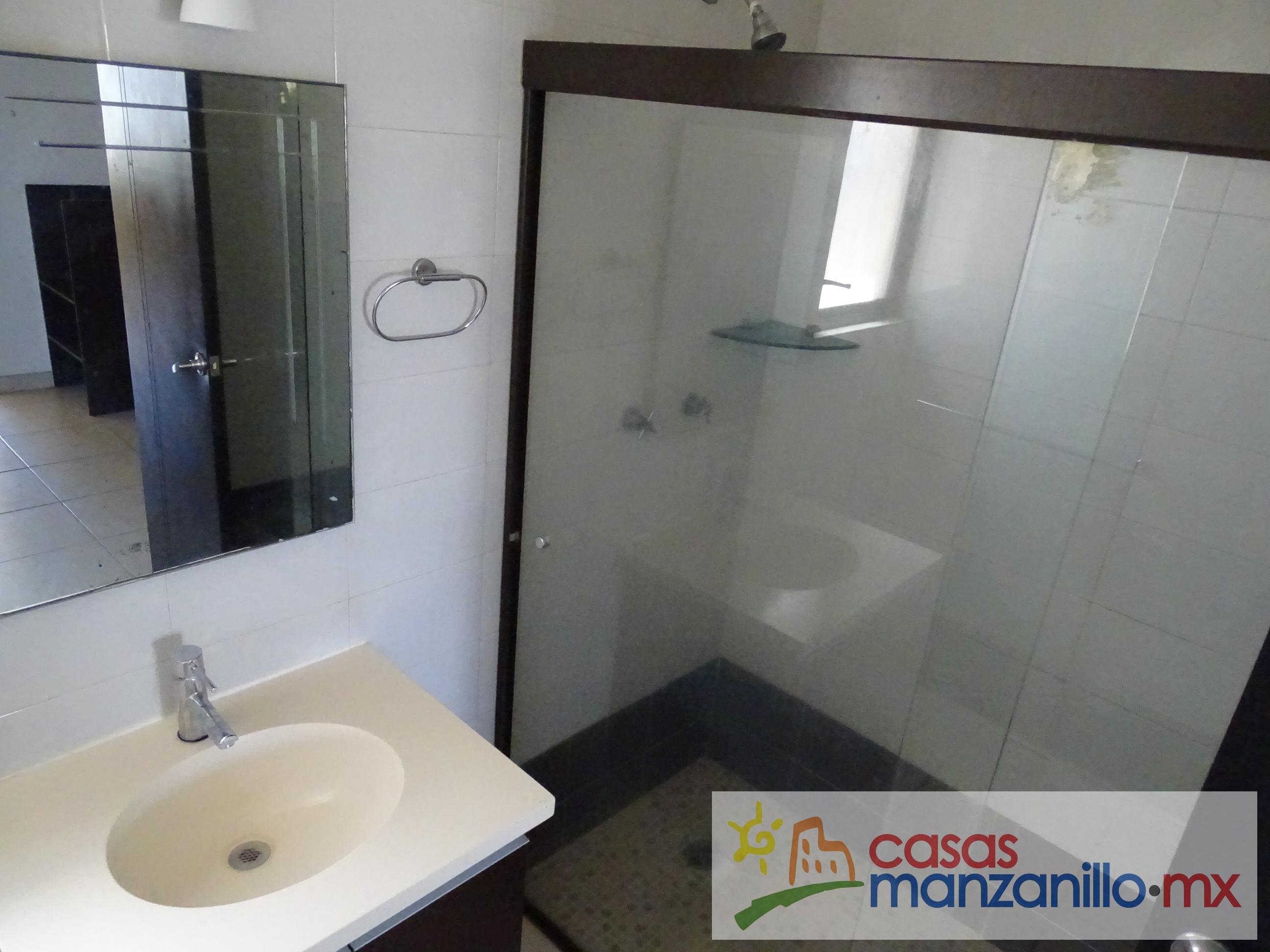 Casas RENTA Manzanillo - Almendros 3 (37