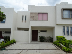 Casas en RENTA Manzanillo - Almendros II (1)