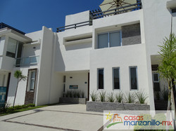 Casas VENTA Manzanillo - Belona - Papiro