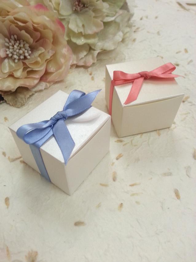 Small Wedding Bonbonniere boxes Favour C