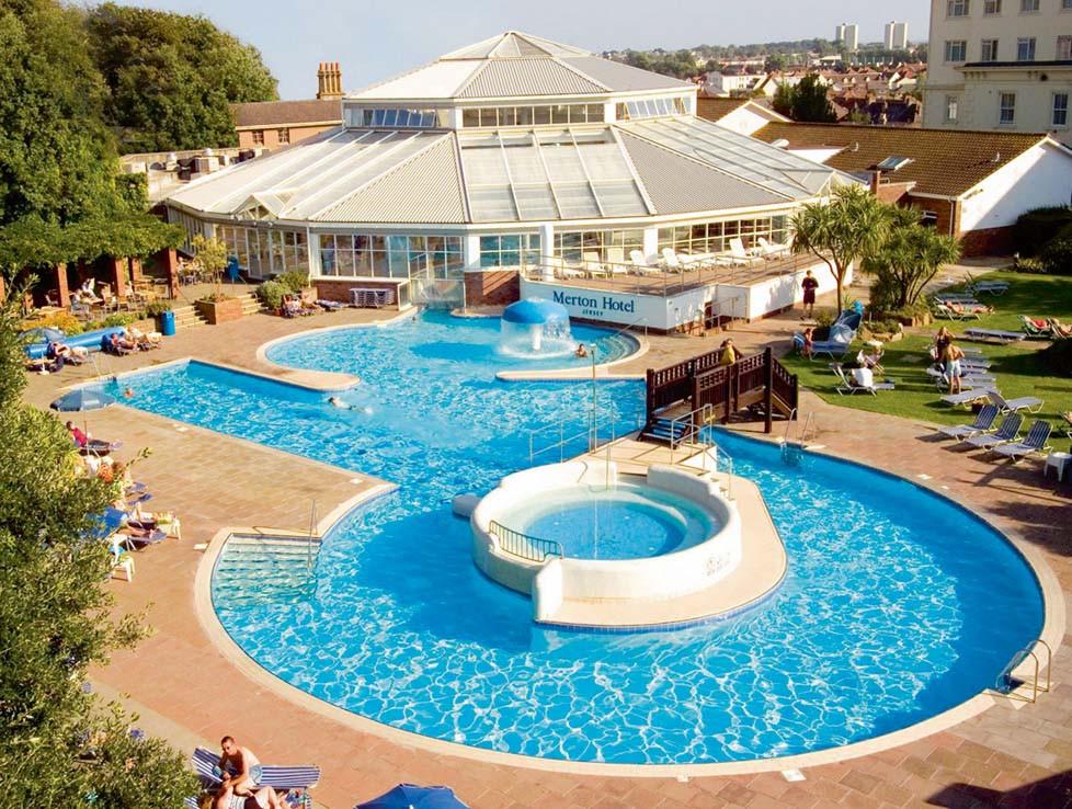 Merton aquadome and pool