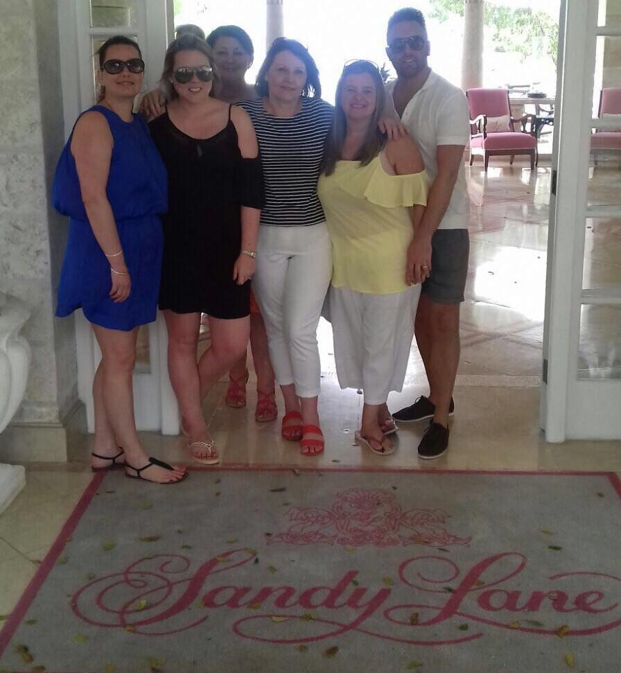 (l-r): Lisa, Carly, Shirley, Anne, Angela, Danny.