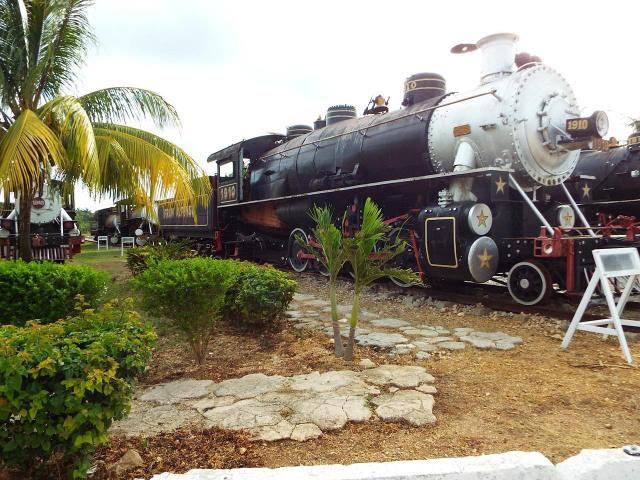 The steam train at Museo de Agroindustria Azucarera
