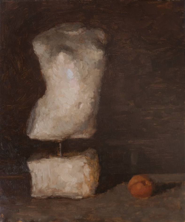 Statuette and apricot