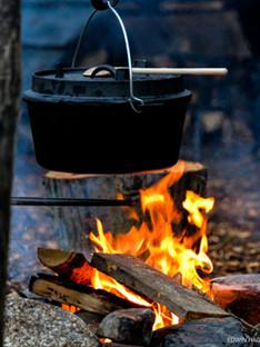 wildpraat vuur koken buiten.jpg