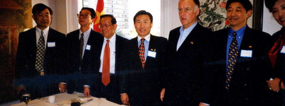 USCEC Enabled City of Oakland and Dalian City, China in forming Partnership in Economy & Trade. Governor Jerry Brown, then the Mayor of the City of Oakland Met with Delegation from Dalian City