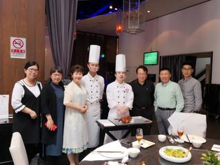 USCEC Team Re-union in Beijing 协会华盛顿特区主任探望北京团队