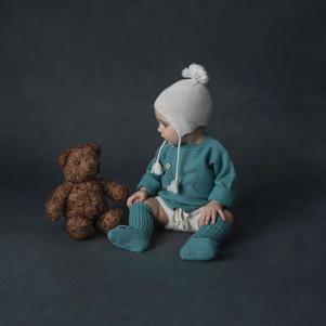 Sitter-Amelia w teddy.jpg