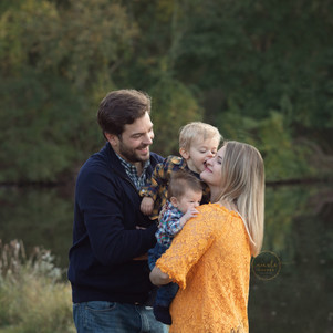Allison and Tims'Family Fall session16 c