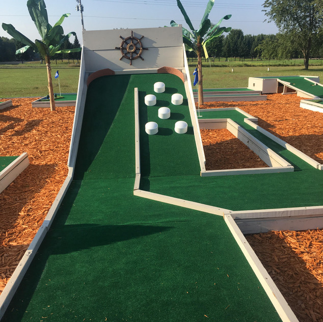 mini golf 10.jpg