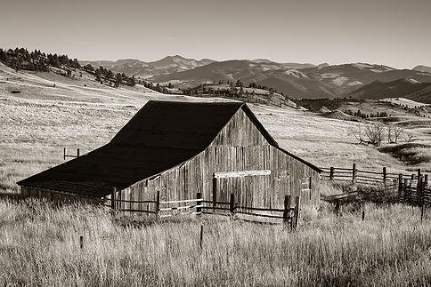 vintage barn in montana photography by Scott Wheeler