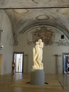 ミケランジェロが視力を失いながら手探りで制作を続けたという「ロンダニーニのピエタ」は彼の遺作となった