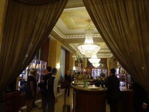 レストラン SAVINI の室内