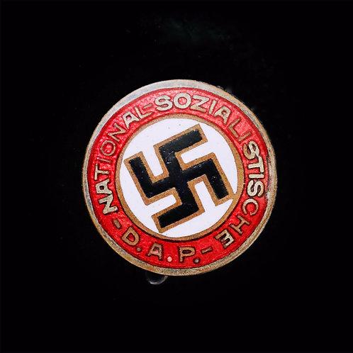 Early 18mm NSDAP badge