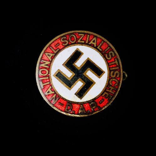 Early 18mm NSDAP badge