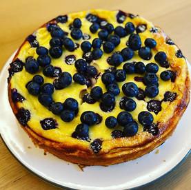 Cheesecake ohne Boden mit Blaubeeren