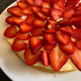 Erdbeer-Pudding-Torte