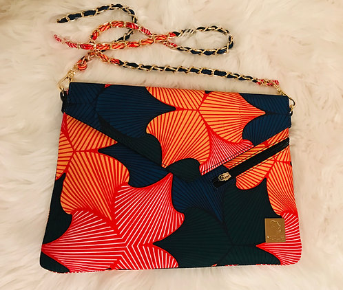 ADAOBI ENVELOPE CLUTCH