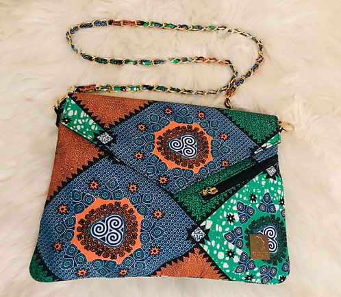 ADIGUN ENVELOPE CLUTCH