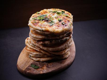 'No Yeast' Garlic Cheese Naan