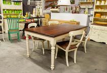Stůl v Provence stylu