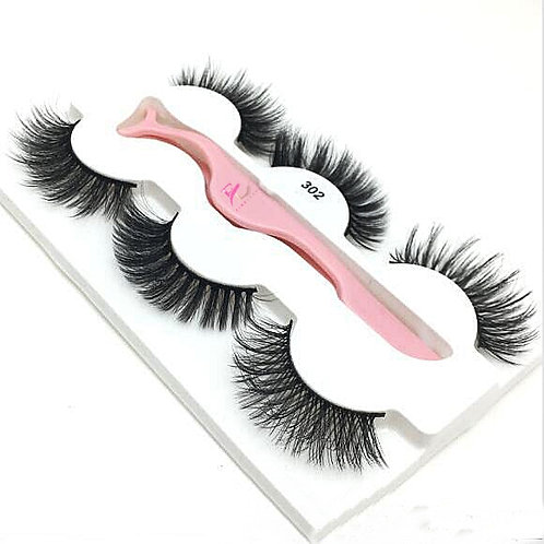 Daisy Dillys strip lashes style  302