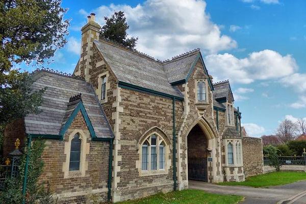 Old Cemetery Lodge Oakham.jpg
