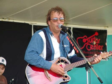 Award Winning Songwriter Lonny Ray Live In Concert.jpg
