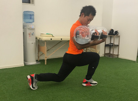 女性に大人気! ウォーターバッグを使って、楽しく体幹トレーニング♪
