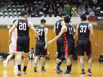 バスケ部・陸上部・ラクロス部・ダンス部など サッカー以外のスポーツもナイキのチームジャージ