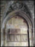 Làpida funerari de Beltran de Bell-Lloc