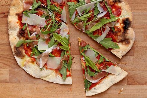 Une tranche de la pizza